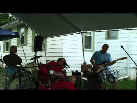 Walter Tore - Talkin' With Earl Hooker @ Walter Tore's Back Yard Blues Event, 8/6/2011