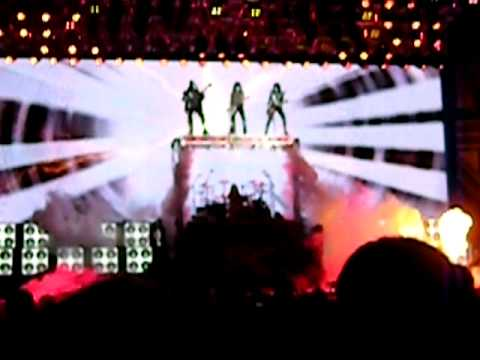 KISS Live @ Mohegan Sun Intro - Modern Day Delilah - August 19, 2010