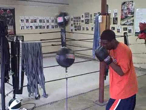 Double Double End Bag Boxing Workout Tip. Image 1