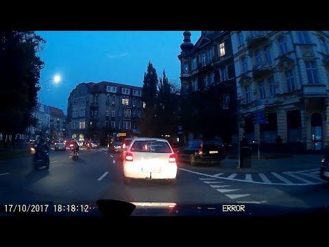 Moment Przed Wypadkiem Motocyklistki 17.10.2017 Szczecin