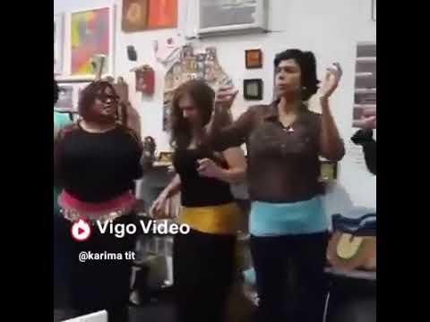 مدرسة لتعليم الرقص الشعبي المغربي thumbnail