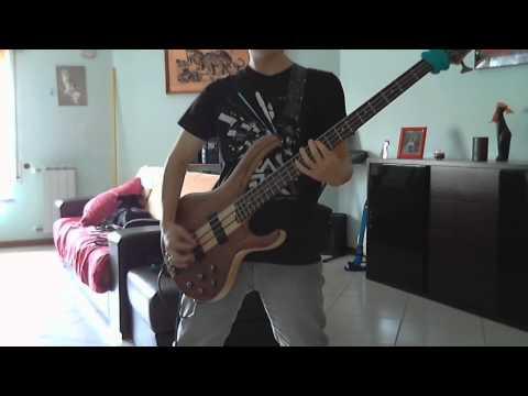 Motörhead - Hellraiser (bass Cover) video