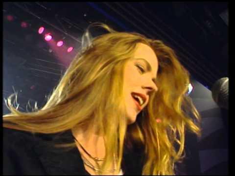 Christina y Los Subterráneos - Tu Por Mí