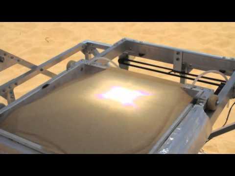 A máquina que transforma o deserto em vidro