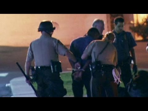 US: Ferguson shooting protests tense but mostly peaceful
