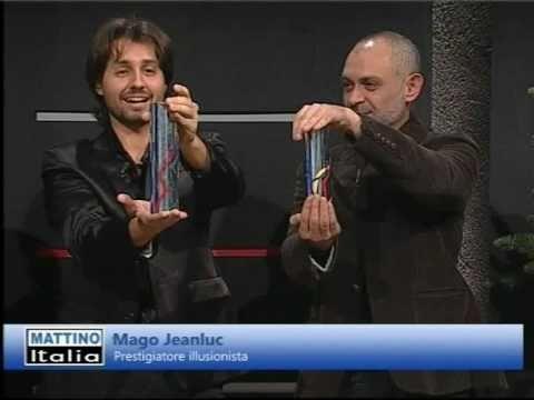 Il Mago Jeanluc ospite a Mattino Italia 11-12-2009