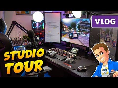 Vlog #1 - My Awesome Gaming & YouTube Setup   2018 Studio Room Tour