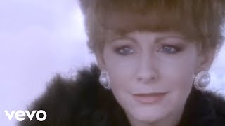 Watch Reba McEntire Fancy video
