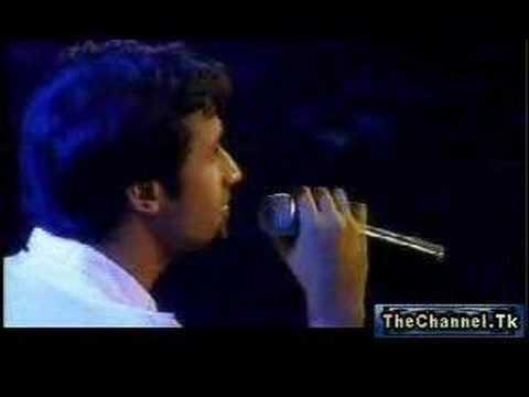 Atif Aslam - Aadat live concert