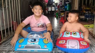 Đồ chơi trẻ em bé pin bơm phao hơi  ❤ PinPin TV ❤ Baby toys float