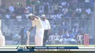 Sachin Tendulkar scored 25000 runs in first class