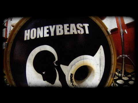 HoneyBeast - Csakazértis (Barba Negra 2016.03.13.)