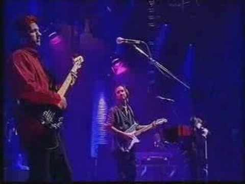 Genesis - Alien Afternoon (Live)