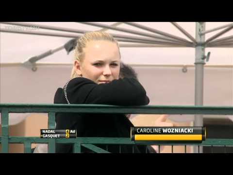 Caroline Wozniacki watching Rafael Nadal vs Richard Gasquet