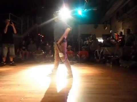Simona vs Brown cat. Poppin @ Ready to Dance 2011 – quarti -