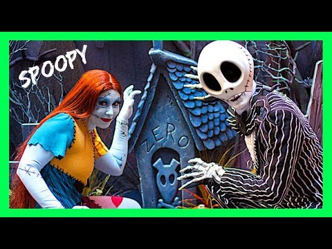 DATING ADVICE WITH JACK SKELLINGTON & SALLY Meet And Greet Nightmare Before Christmas Disneyland
