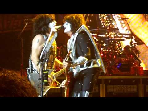 KISS - I Love It Loud (Clip) - Bristow, VA 7/20/12