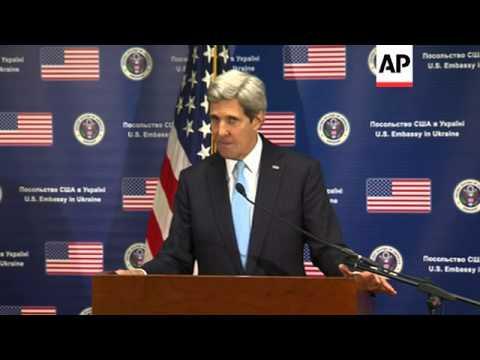 US secretary of state warns Russia it faces isolation over Crimea crisis