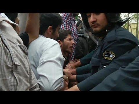 Iran: Hardline students accuse EU parliament of interfering