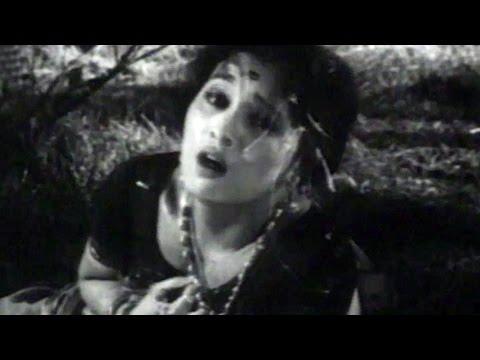Suryakant, Asha Kale, Ashi Rangali Raat - Marathi Action Scene 9 9 video