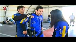 Cristina Pedroche y Mario Casas se tiran en paracaidas