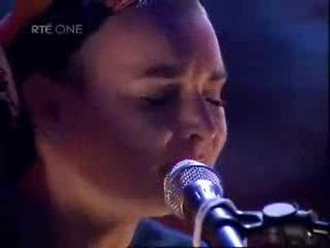 Sinead Oconnor - Dark I Am yet Lovely