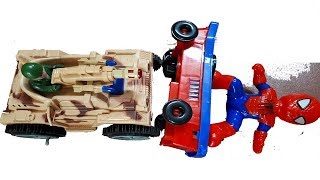 Xe tăng đối đầu với người nhện và cái kết   Đồ chơi cho trẻ em -  kids play