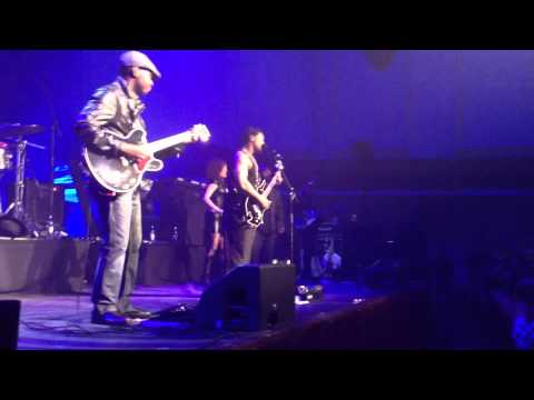 D&#39;Angelo   The Charade Live @ Philly Church Stockholm 2012