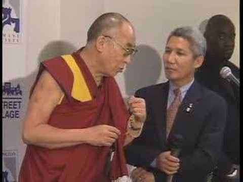 HH Dalai Lama visits DC Homeless Shelter