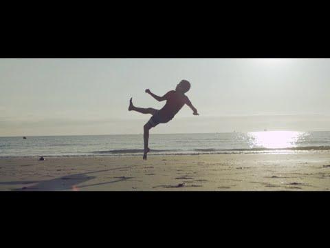Médine - Gaza Soccer Beach (Official Clip)