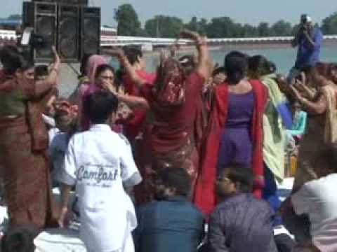 Kajrare Mote Mote Tere Nain   Krishan Ji Bhajan    Kurukshetra    Moti Mehta Ji video