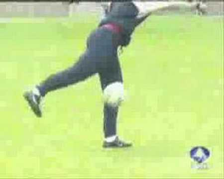 Ronaldinho Freestyle video