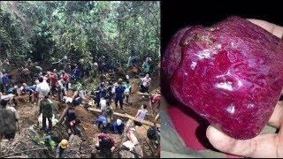 Người dân đổ xô lên núi tìm đá quý: Có người bán được viên đá giá 5 tỷ