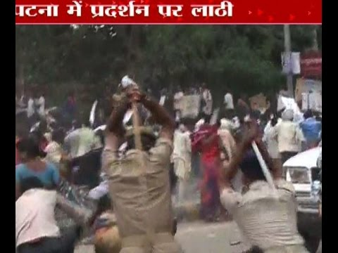 Protesters clash with police during Nishad Adhikar March in Patna