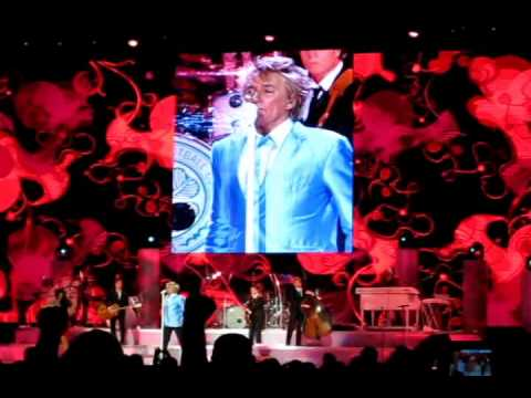 Rod Stewart In Concert! BEST VIDEO EVER!!!