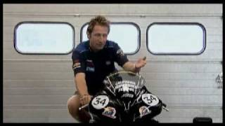 Superbike School UK: Knee to Knee part 1