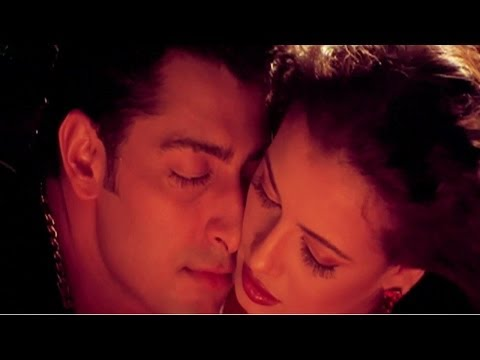 Baaho Me Nahi Rehna, Dia Mirza, Priyanshu Chatterjee, Koi Mere Dil Mein Hai - Hot Romantic Song