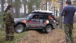 Jeep  Wrangler Rubicon VS Land Rover Defender OFFROAD!