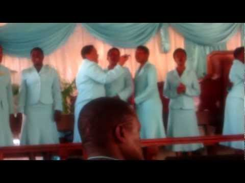 Nashangaa-- Kurasini Sda Choir video