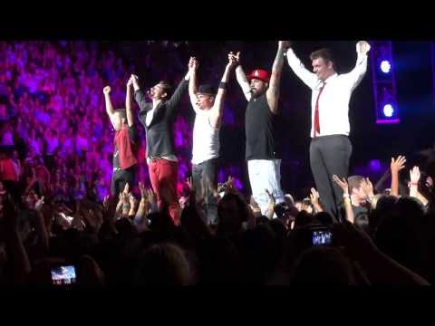 Larger Than Life - Backstreet Boys - In A World Like This Tour - Montreal - 2013-08-06 video