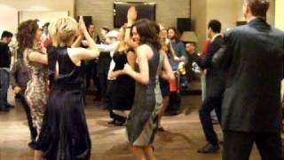 ID Wedding - dancing to Toporkestra