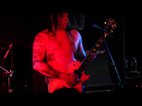 High On Fire - Snakes For The Divine - King Tuts Wah Wah Hut - Glasgow - 04/02/2013