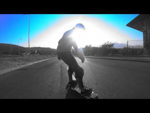 Longboard : Yasna Inostroza