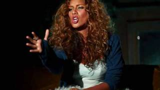 Leona Lewis - Keep Bleeding (With Lyrics)