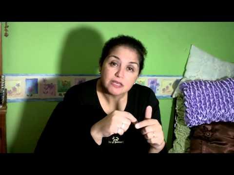 Bea Stella  Capitone Clase 4 - COJIN FANTASIA DE MOÑOS Y BOLITAS