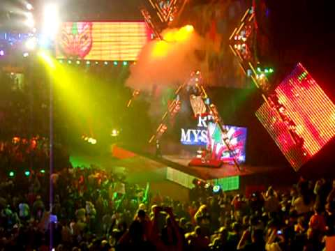 Wwe Extreme Rules 2010 Live-rey Mysterio Entrance With Pyro. video