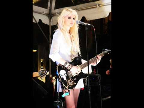 The Pretty Reckless - Bleeding Dont You Love Me