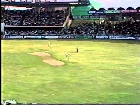 **RARE** VINOD KAMBLI MURDERS SHANE WARNE - 22 runs off the over!!!!!