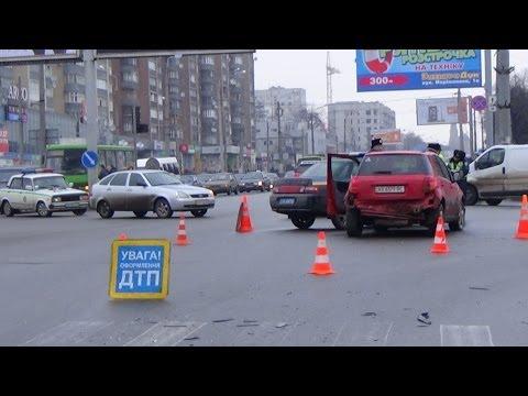 "ГАИ ДТП и пьяная "" МАТЬ "" за рулем"