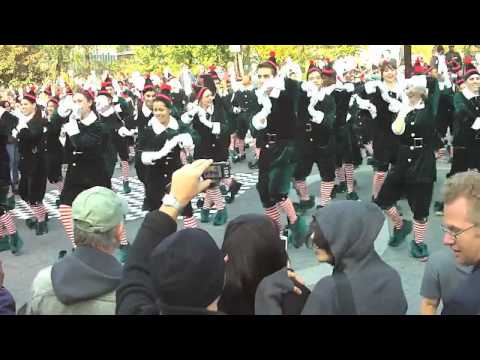 Elf Yourself elves take over Union Square in New York with a dancing flash mob. Their message: Elf Yourself! http://elfyourself.com/